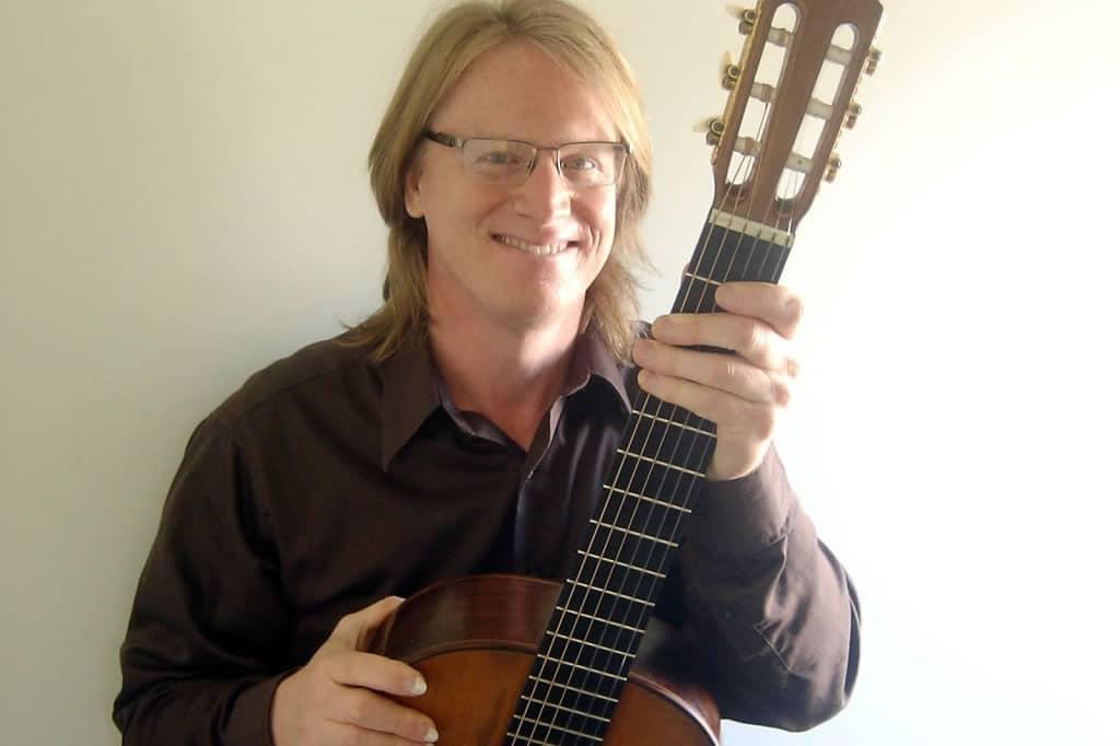 Dan Quinn, guitar